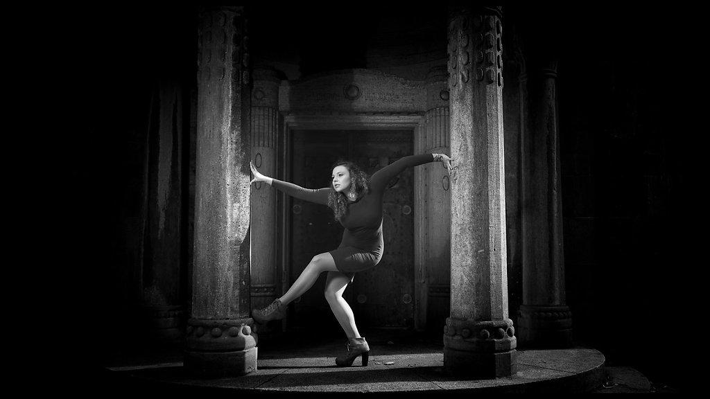 Tanz mit den Säulen
